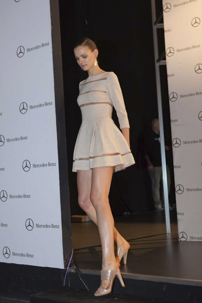 backstage-esther-noriega-mercedes-benz-fashion-week-madrid-little-things 12