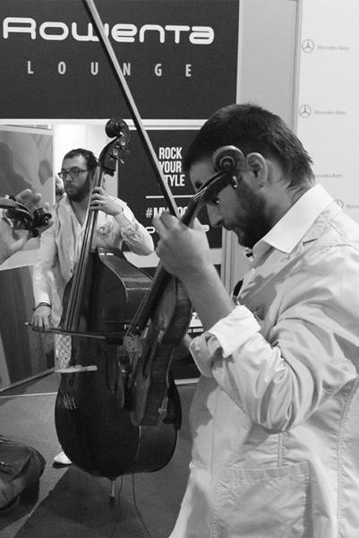 orquesta-sinfonica-castilla-leon-musicos-mercedes-benz-fashion-week-madrid-tempo-esther-noriega 4